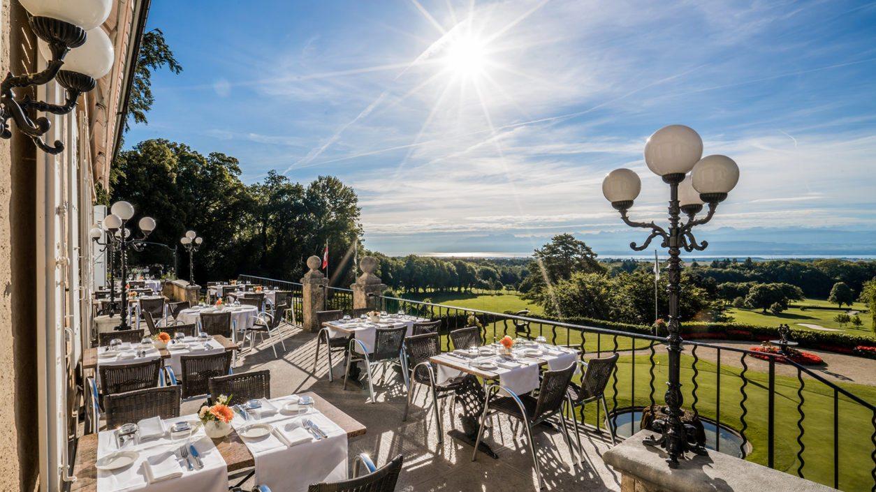 Terrasse hotel Bonmont