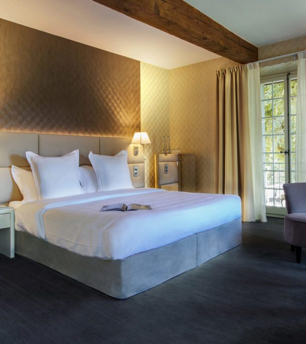 Bienvenue chambre deluxe hotel Bonmont