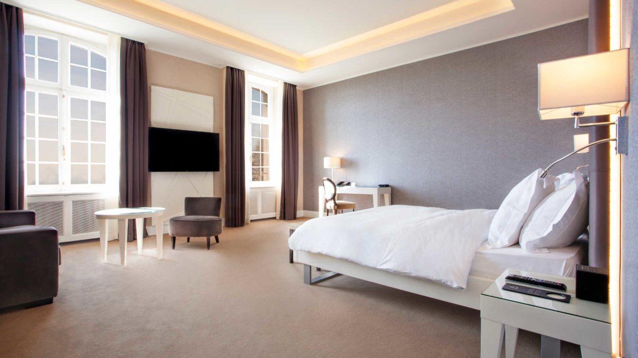 photo chambre junio suite château de Bonmont
