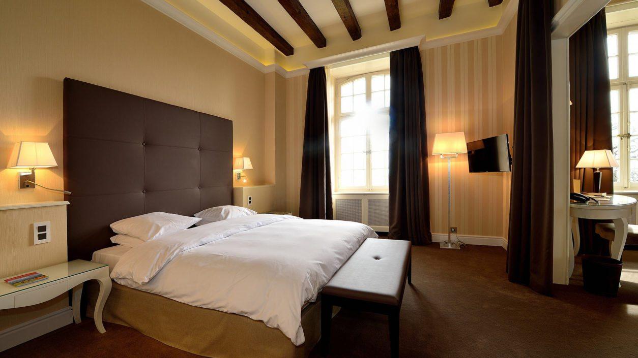 photo intérieur chambre suite hotel Bonmont