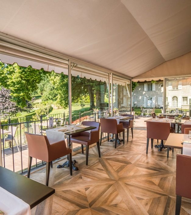 véranda château de Bonmont restaurant