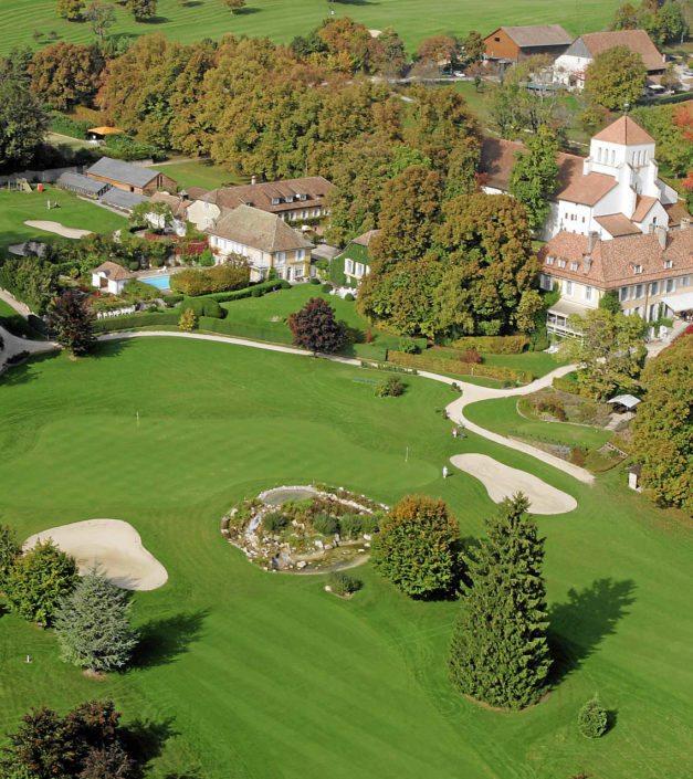 Vue du ciel du domaine Golf & Country Club de Bonmont