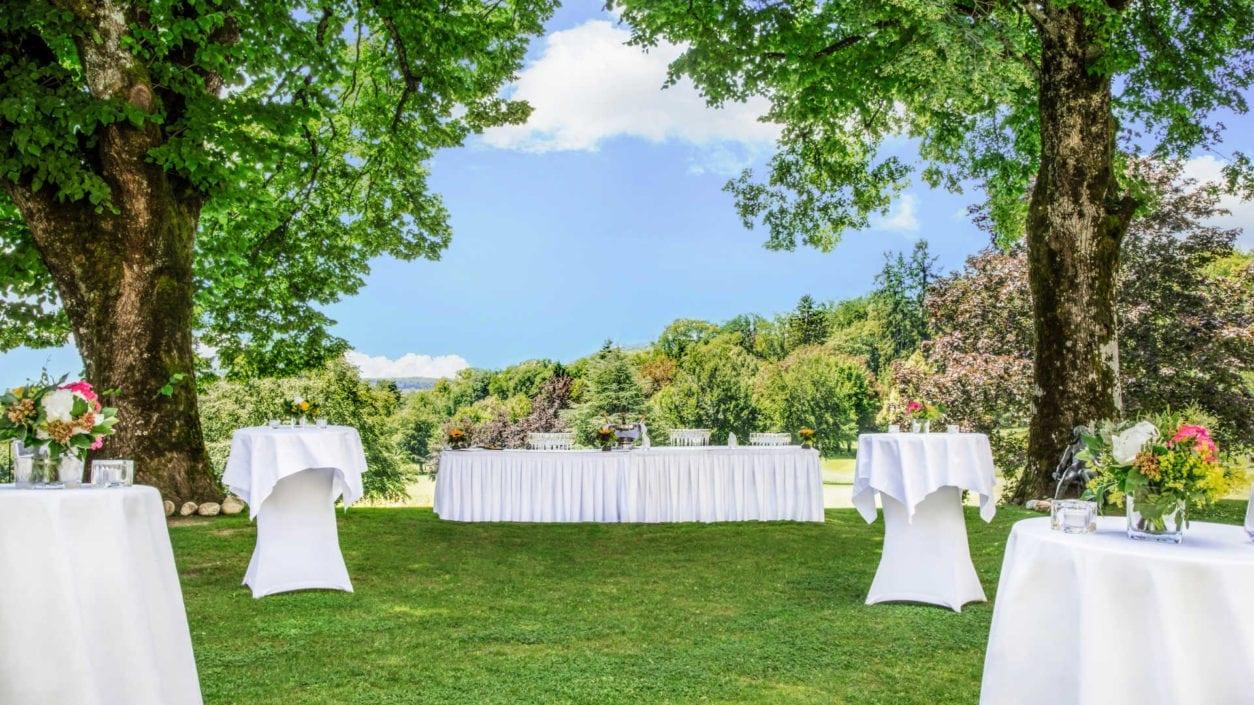 jardin domaine Bonmont réception banquet extérieur
